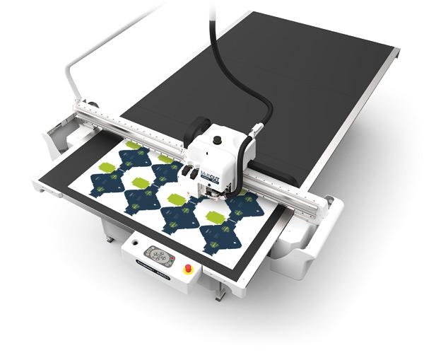 rezaci plotter v tiskarne afbkk praha